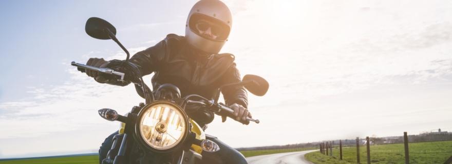 Cómo protege el seguro tu moto en caso de incendio
