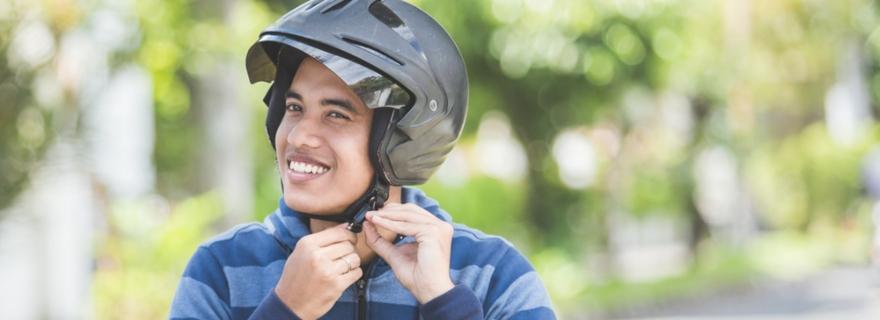 ¿Qué incluye la defensa jurídica del seguro de moto?